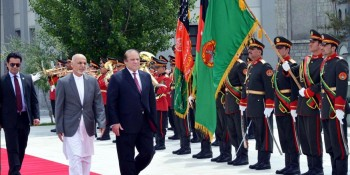 Kabul: 12th May - Prime Minister Muhammad Nawaz Sharif and Afghanistan President Mr. Ashraf Ghani inspecting the guard of honour at Presidential Palace, Kabul, Afghanistan. DNA Photo