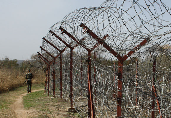 India plans to completely seal border with Pakistan by Dec 2018