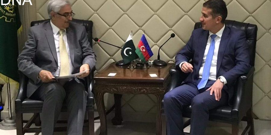 http://www.dnanews.com.pk/azerbaijan-ambassador-meets-almas-hyder-president-lahore-chamber/