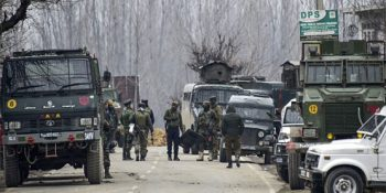 Indian police detain hundreds in Kashmir sweeps