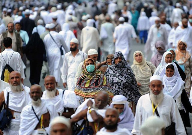 Saudi govt facilitates Pak pilgrims affected by air space closure