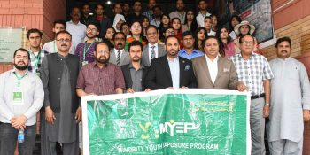 ISLAMBAD, APR 11: Minority youth delegation from KP posing for picture with ICCI office bearers and members. DNA PHOTO