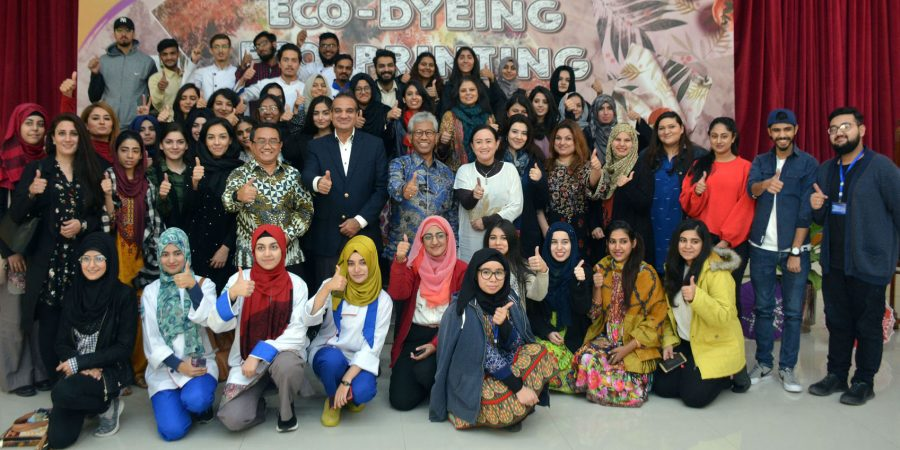 ISLAMABAD, NOV 13: Participants of Batik workshop posing for a group photo with Ambassador of Indonesia Iwan S Amri during Batik Eco Printing workshop held at the Indonesia embassy on Wednesday. DNA