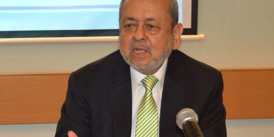 Pic of Dr. S.M. Junaid Zaidi, ED COMSATS