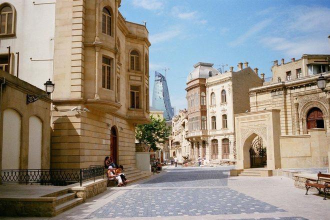 Old-City-of-Baku-3-1024x655