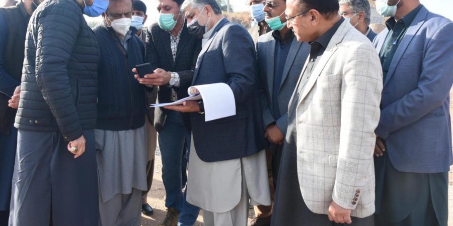 KOHAT, NOV 28: Senator Shibli Faraz, Federal Minister for Information and Broadcasting and Chairman Kashmir Committee, Sheryar Afridi being  briefed about the progress on the construction of Hakla-Kohat Road.=DNA PHOTO