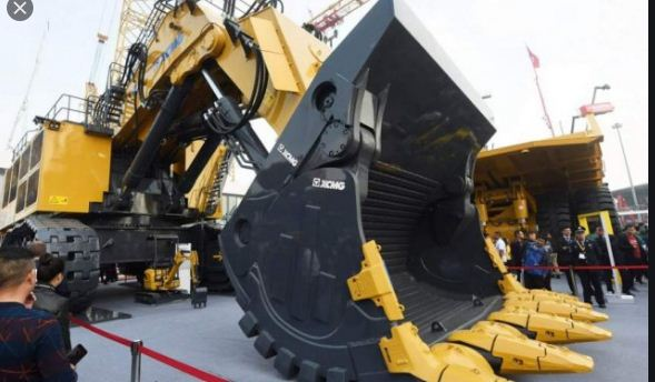 China's excavator sales rise in first five months
