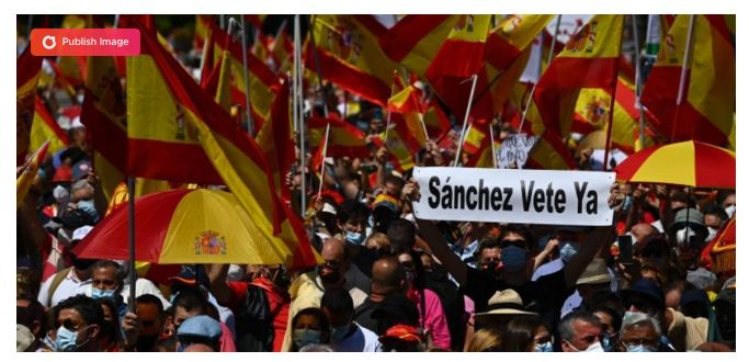 Thousands protest in Madrid against pardoning jailed Catalan leaders
